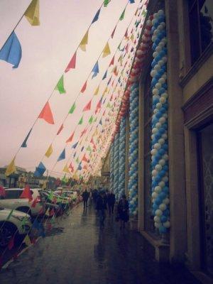 Sumqayıtın ən böyük ticarət mərkəzi öz müştərilərinin yolunu gözləyir (FOTOLAR)