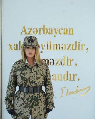 Aygün Kazımova fərqli OBRAZDA — FOTOLAR
