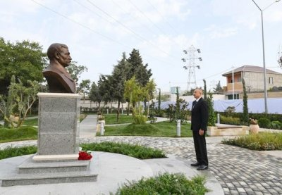 Prezident Bakıda parkın açılışında iştirak etdi — YENİLƏNİB + FOTO