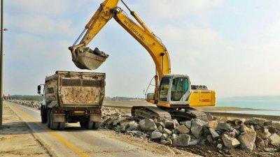 Bakı-Quba-Rusiya avtomobil yolunda təmir-bərpa işləri davam etdirilir - FOTO
