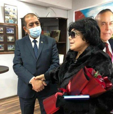 Flora Kərimova Rasim Məmmədova şər-böhtan atanları qınadı