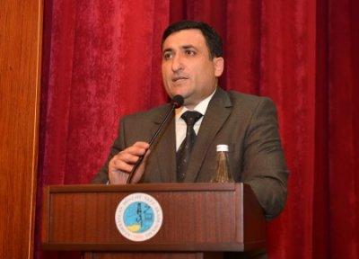 Rektor Mustafa Babanlının imtahan biznesi ... - ADNSU-nun müəllim və tələbələri rektordan niyə narazıdır?