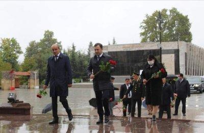 """İsmayıllı  rayonunda """"Beynəlxalq müəllimlər günü"""" qeyd olunub"""