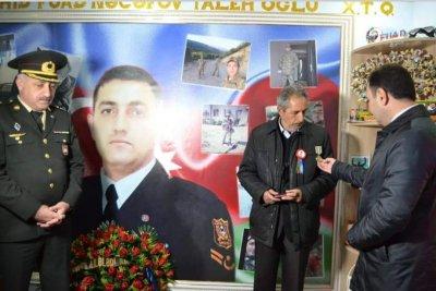 İsmayıllıdan olan şəhid Fuad Nəcəfovun medalı anım günündə  ailəsinə təqdim edilib
